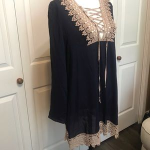• Boutique In Style Navy & Taupe Crochet Tunic  •